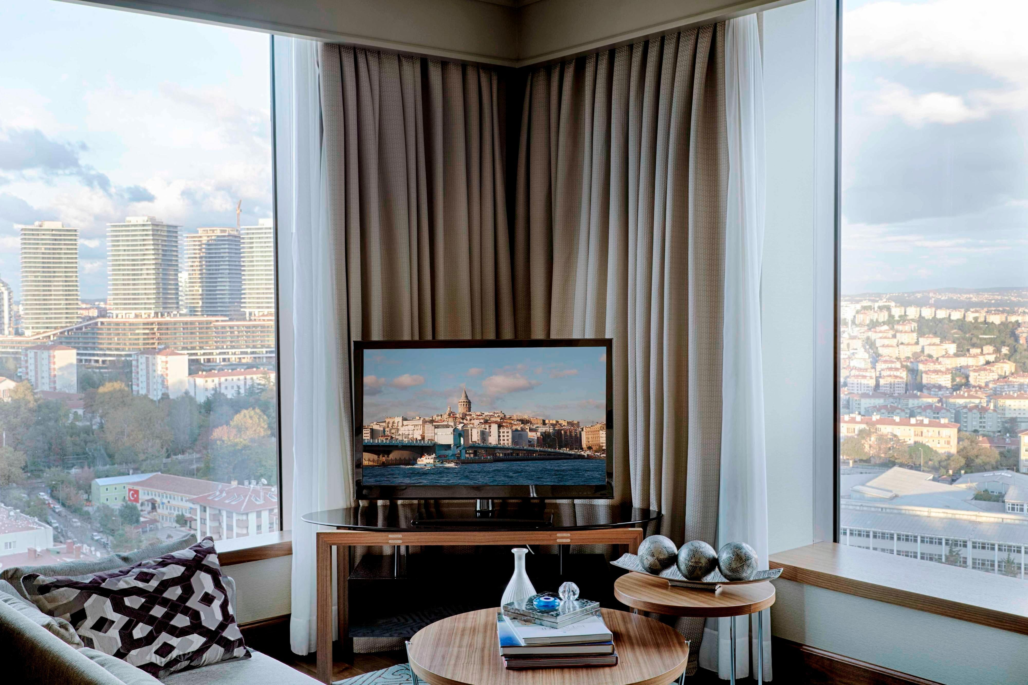 Luxury Corner Suite, Bosphorus view