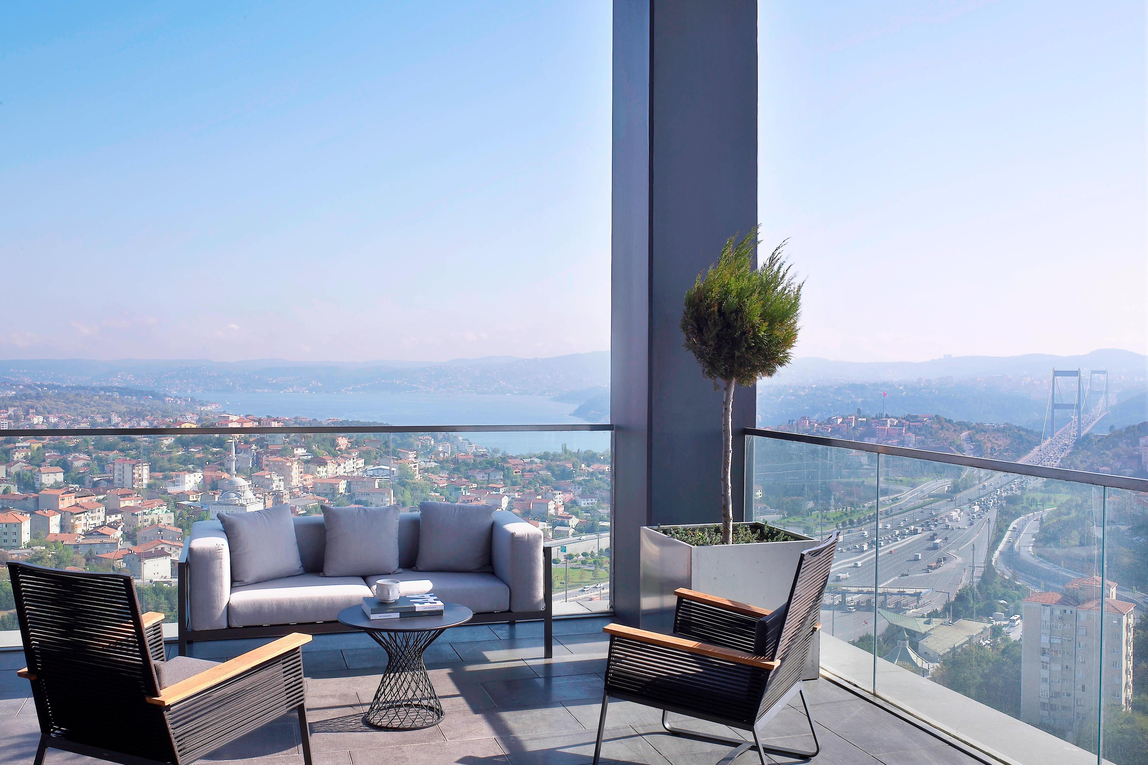 Presidential Suite - Terrace with Bosphrous View