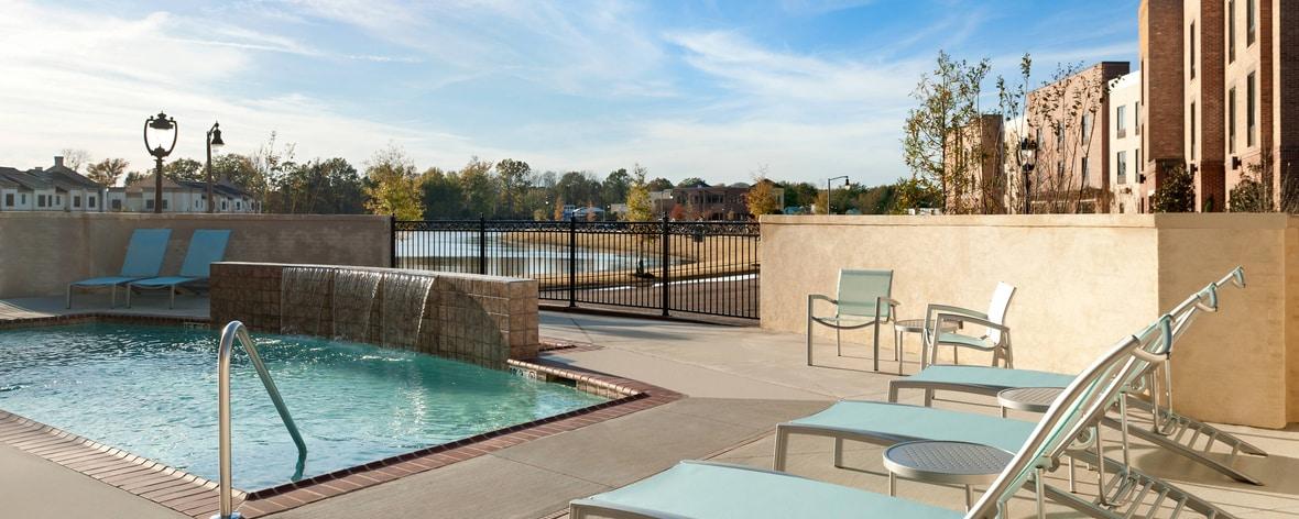 リッジランドのホテルの屋外プール