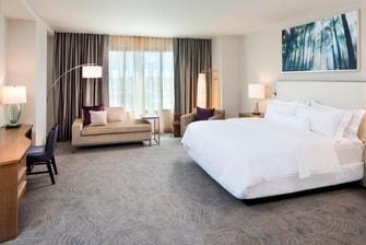 Suite Corner con cama King en el Westin Jackson