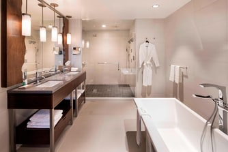 The Westin Jackson Presidential Suite - Bathroom
