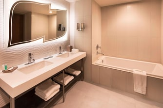 The Westin Jackson Junior Suite - Bathroom