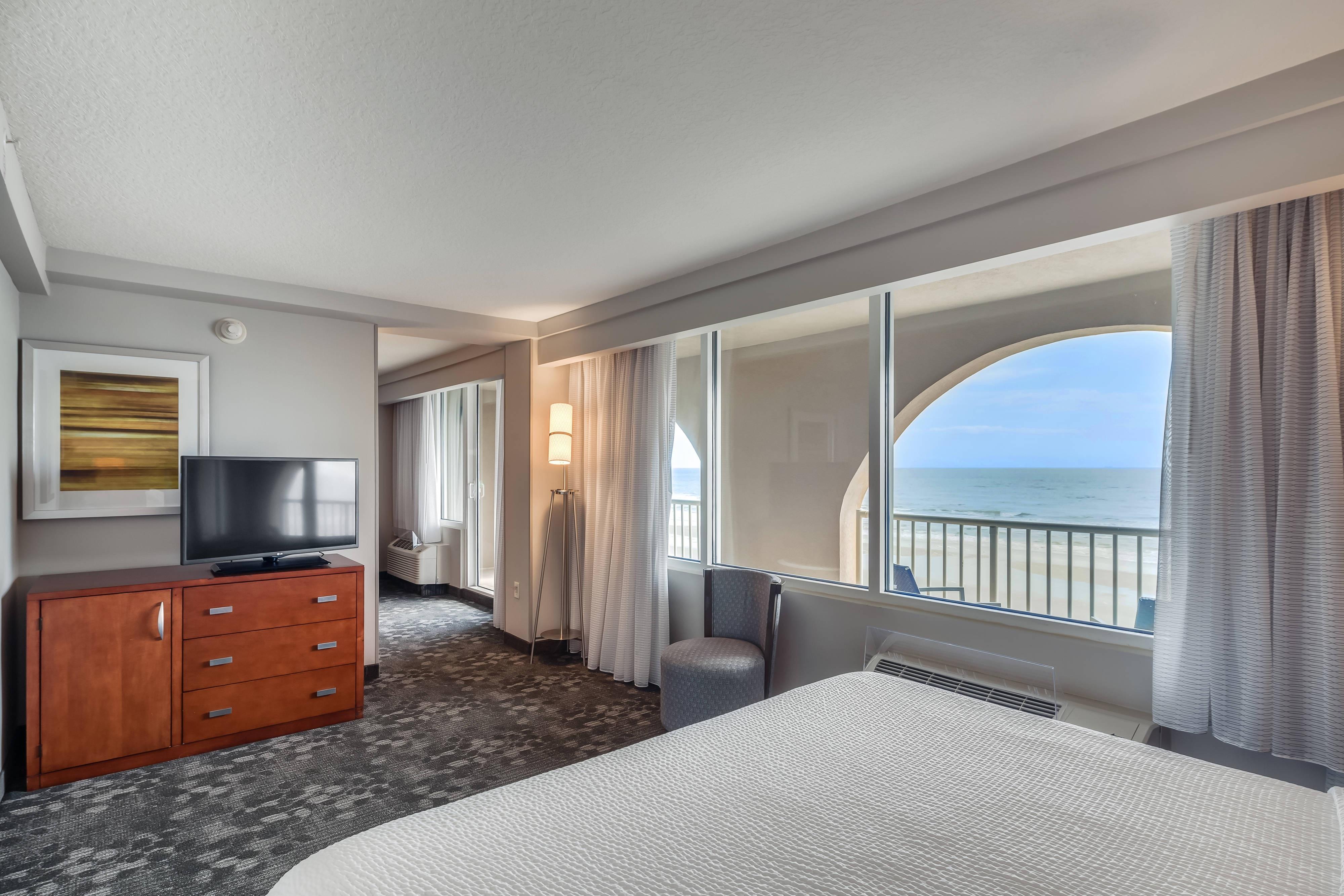Accessible Suite Oceanfront Jacksonville Beach Courtyard