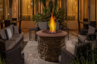 Courtyard Jacksonville at the Mayo Clinic Campus/Beaches