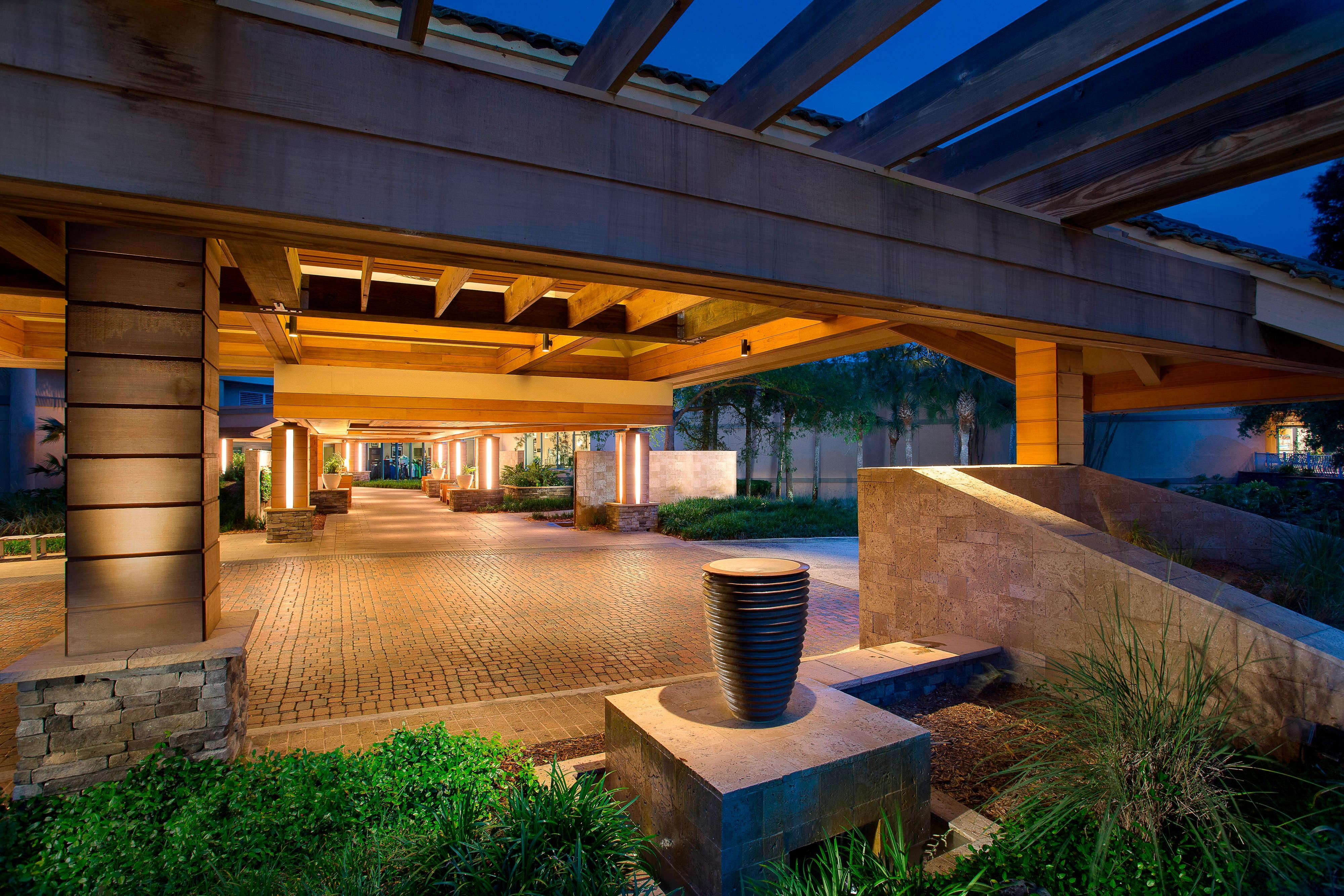 Sawgrass Marriott Resort Entrance