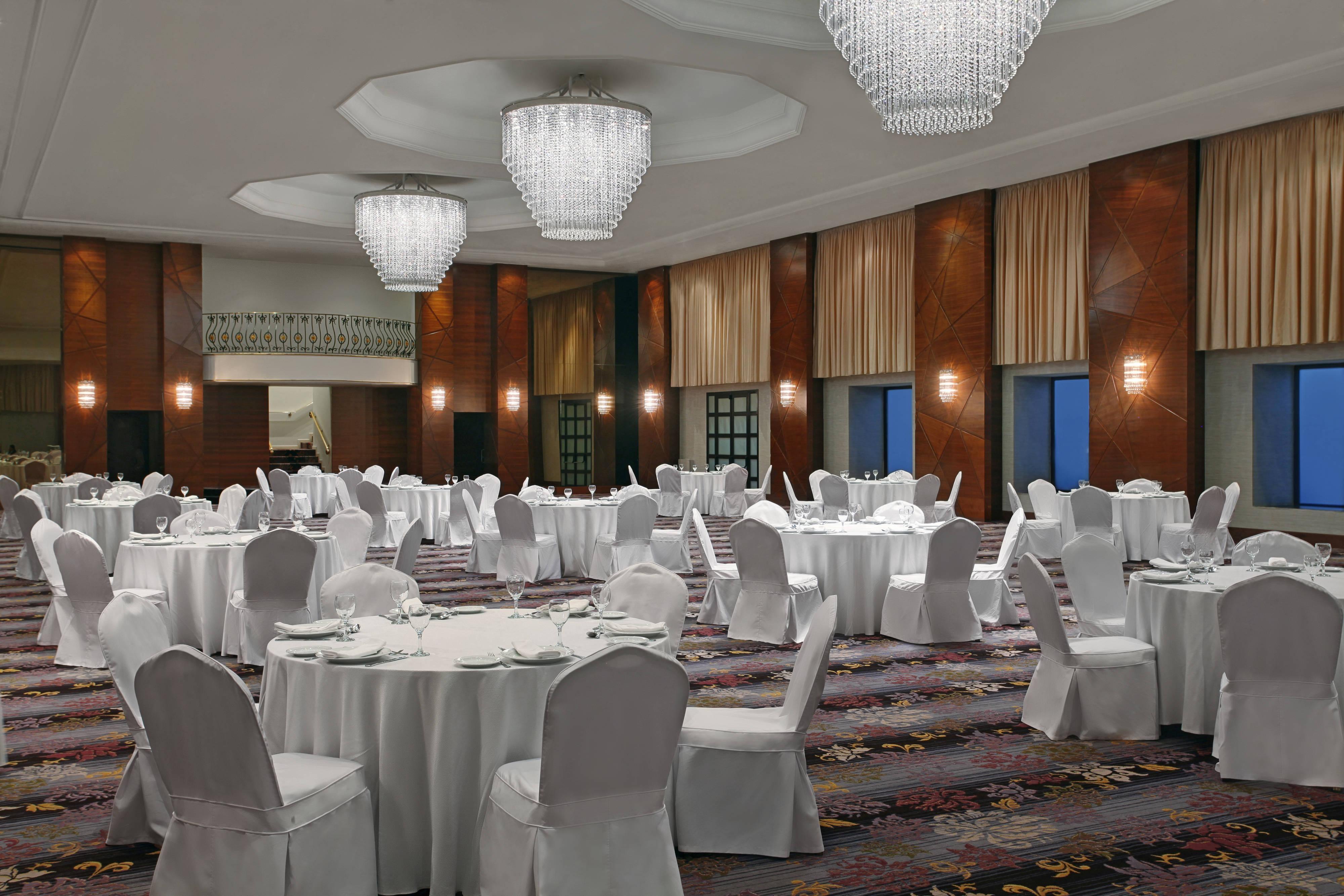 「Al Fayrounz」ボールルーム-宴会