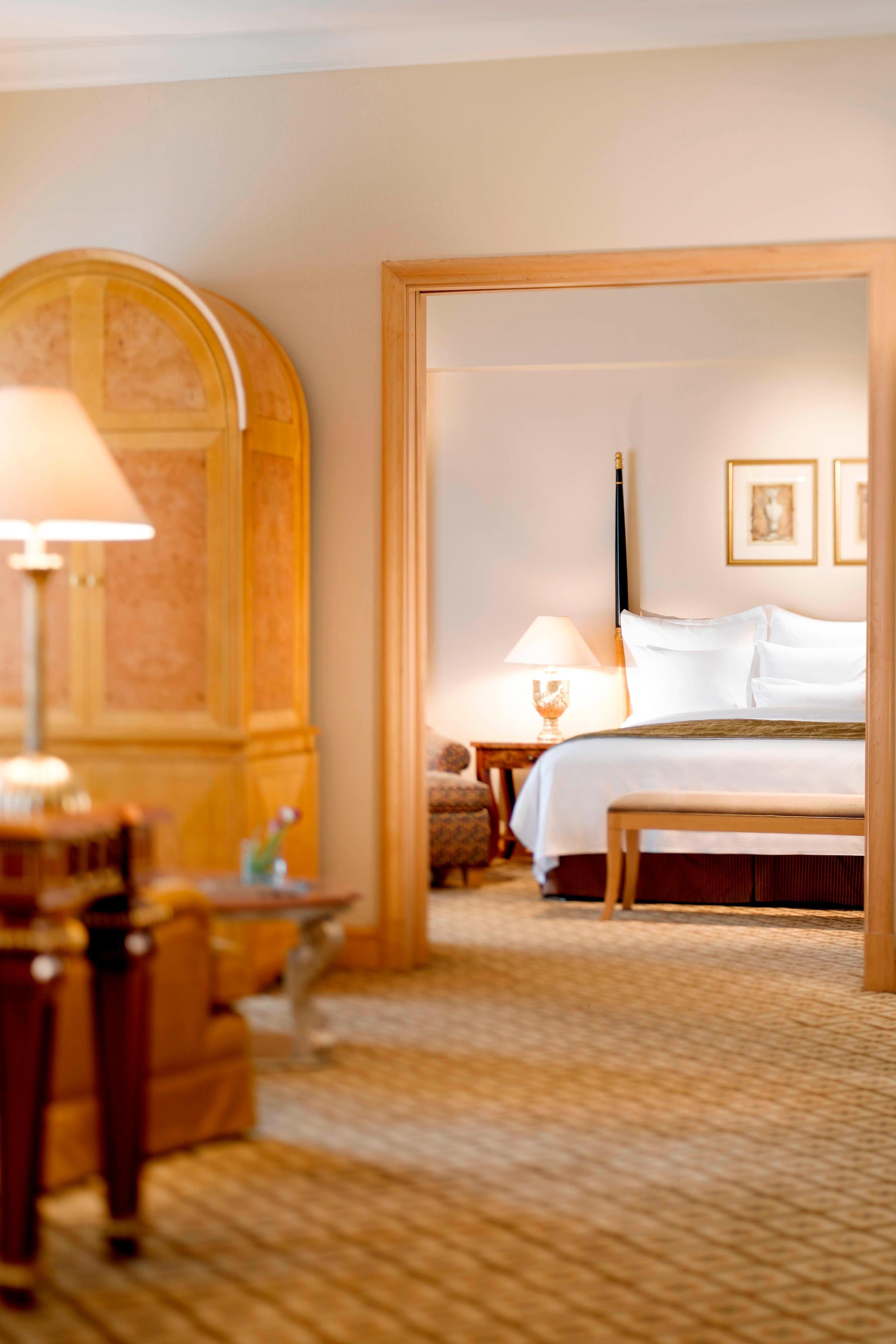JW Marriott Suite