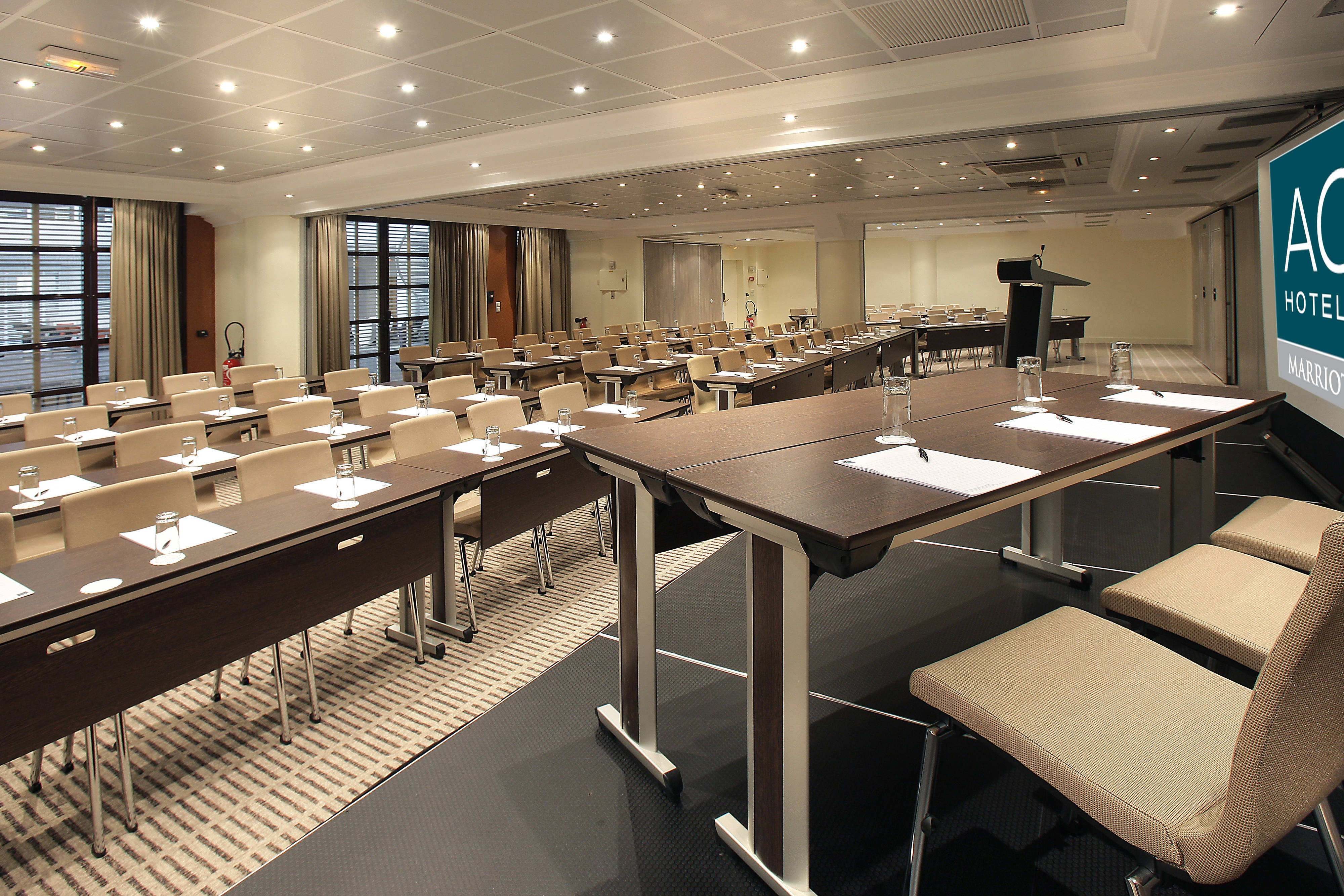 Louis Arsmtrong Meeting room