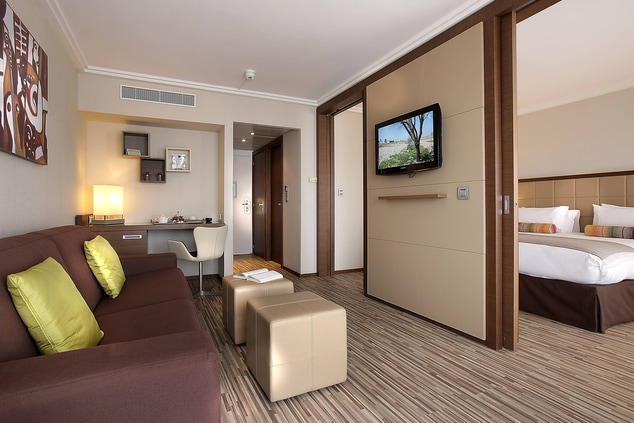 French Riviera beach hotel suites