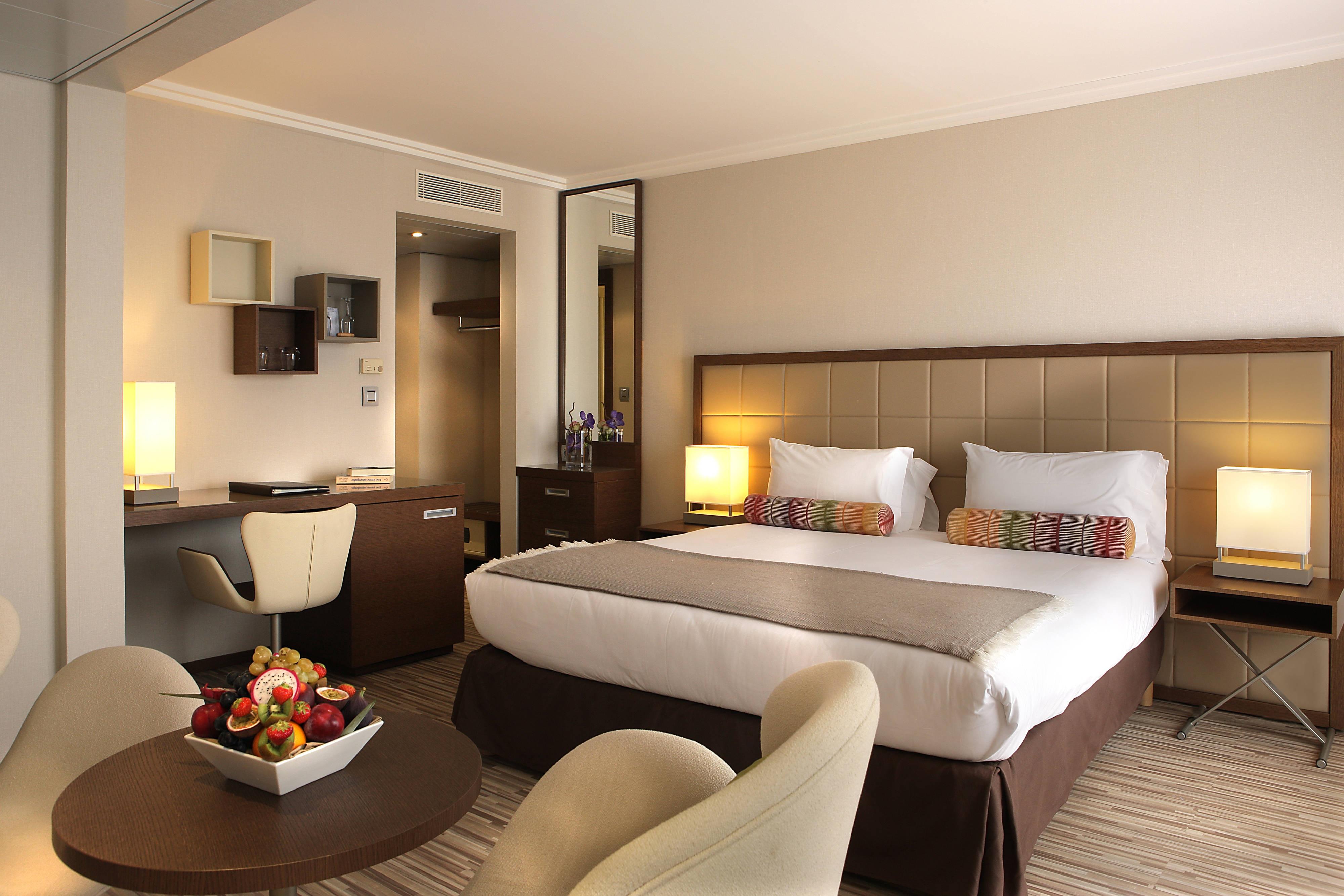 luxury hotels suites in Antibes