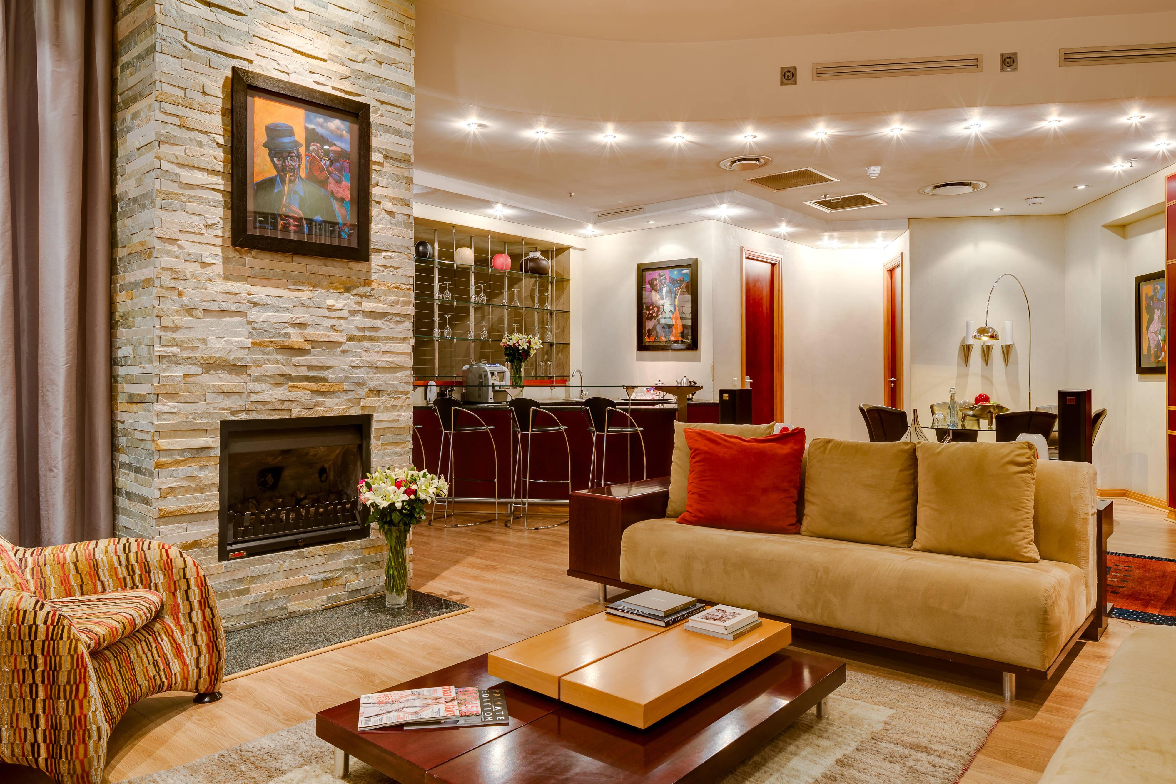Salon d'une suite luxueuse