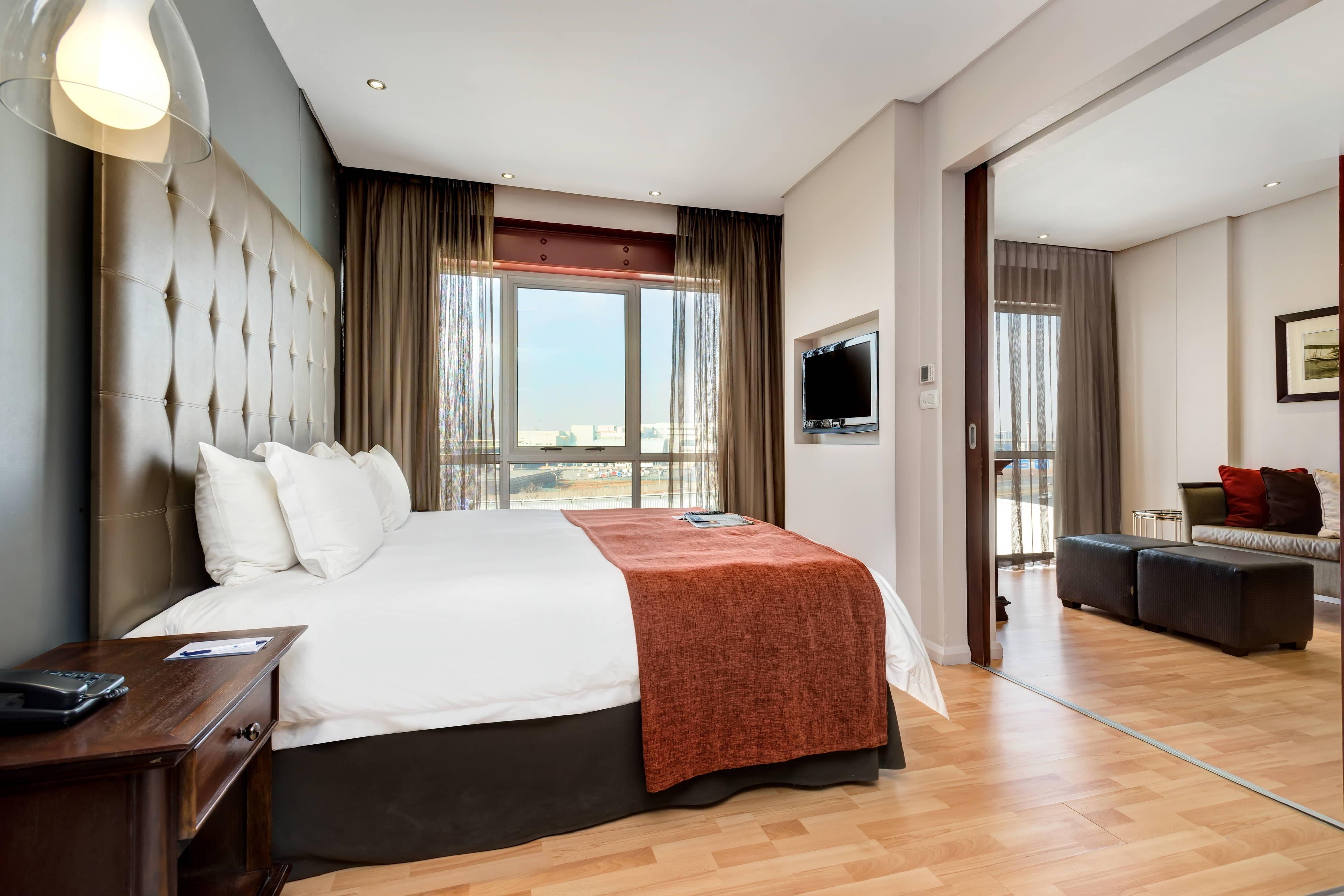 1 Bedroom Suite JNB Airport Hotel in