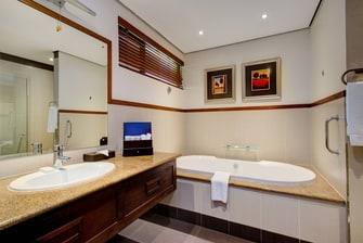 Luxury King Guest Bathroom