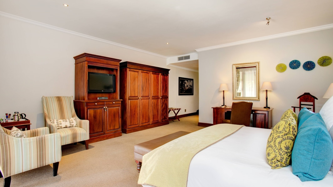 Luxury King Guest Room
