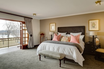 Executive Suite Accommodation, Lakeside Views