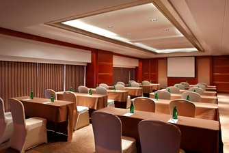 Function Meeting Room - Class Set Up