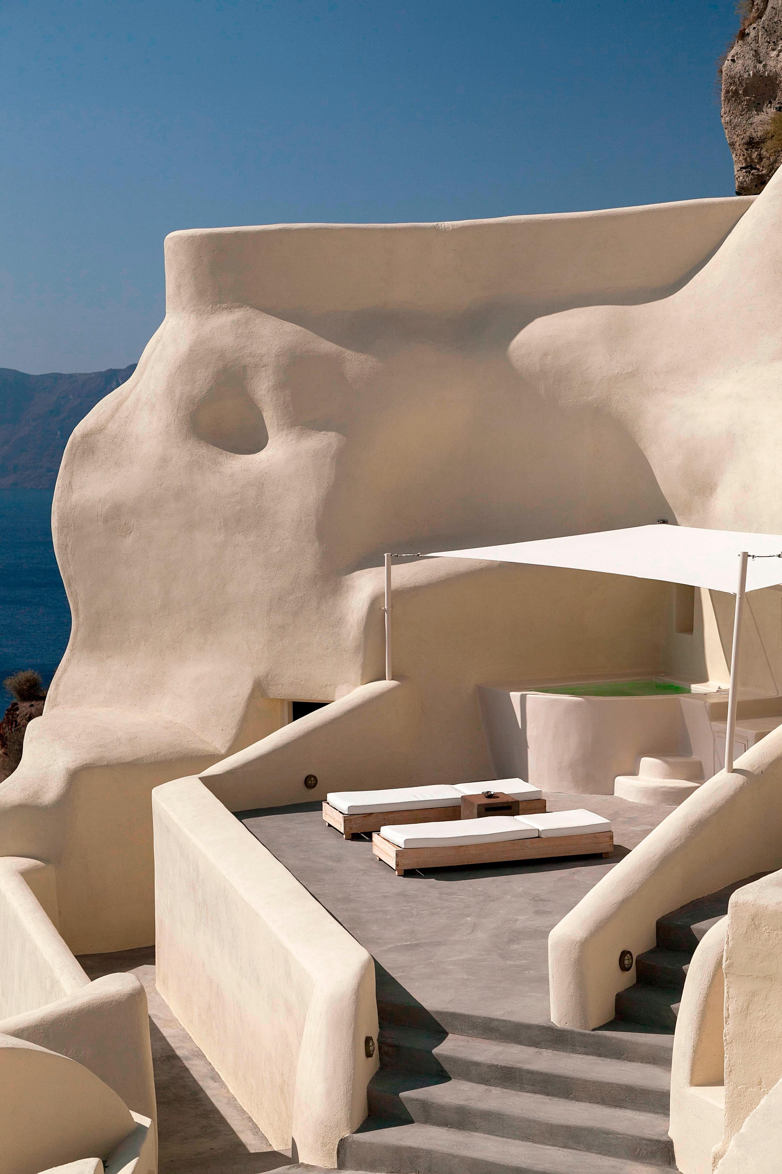 Private Terrace - Sun Beds