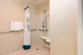 Olathe Kansas Hotel Accessible Shower