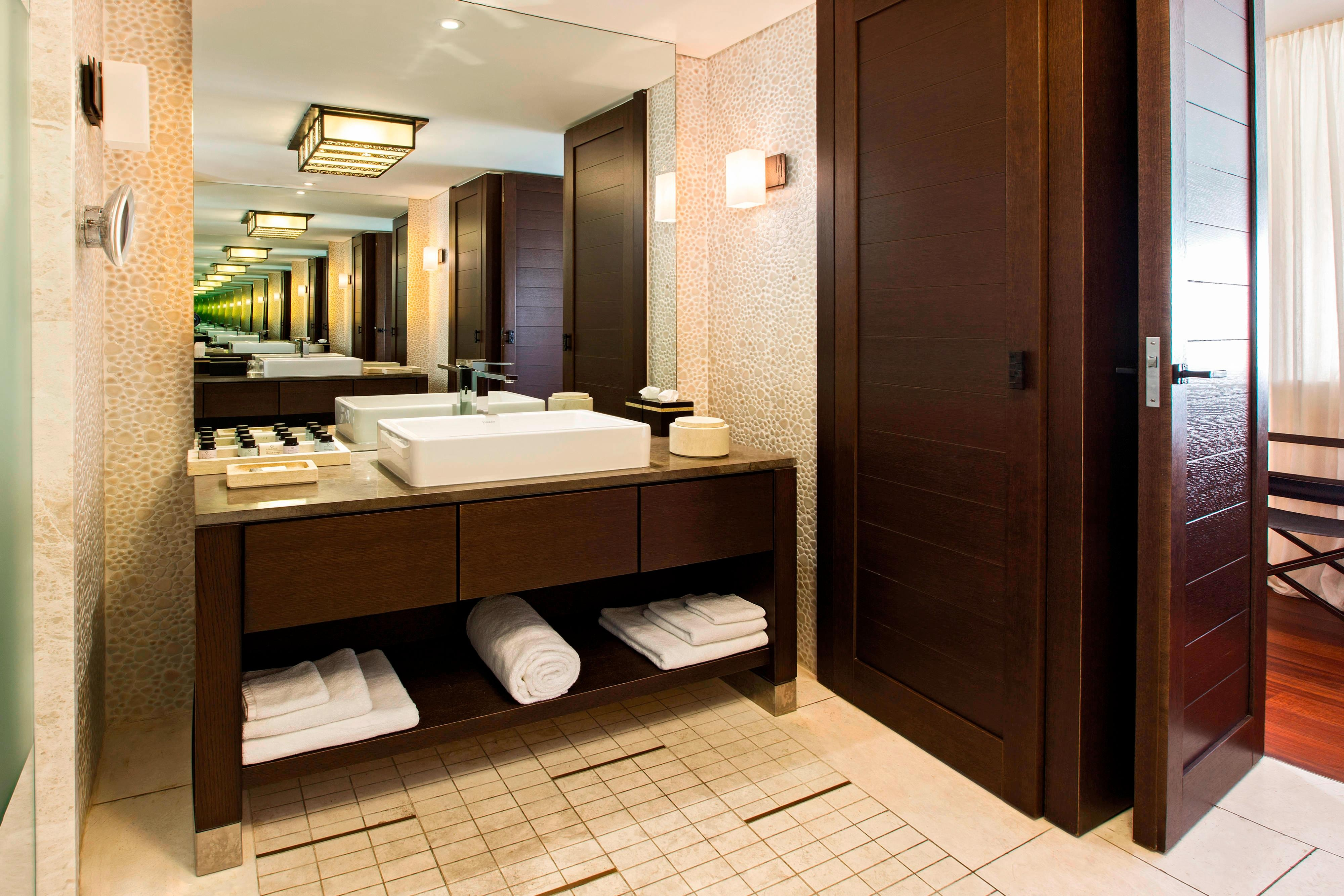 Ionian Exclusive Grand Suite / Ionian Exclusive Grand Infinity Suite - Bathroom