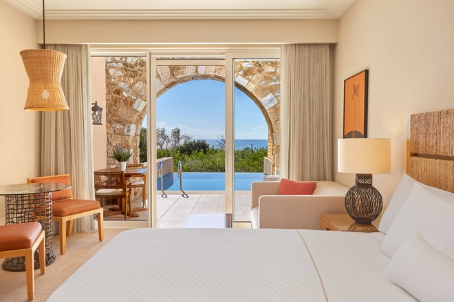 Premium Infinity Room