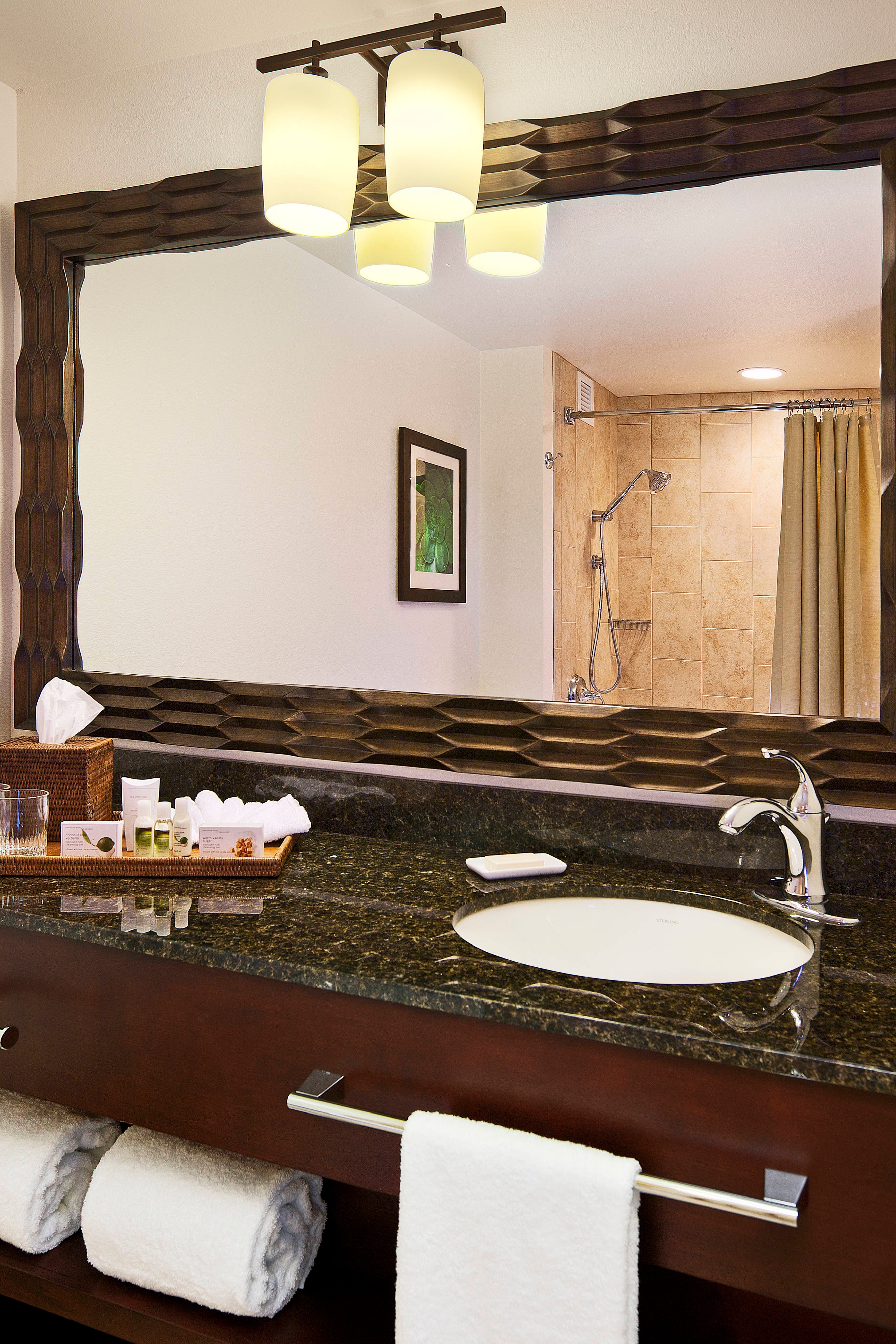 Hotel Guest Room: Courtyard King Kamehameha's
