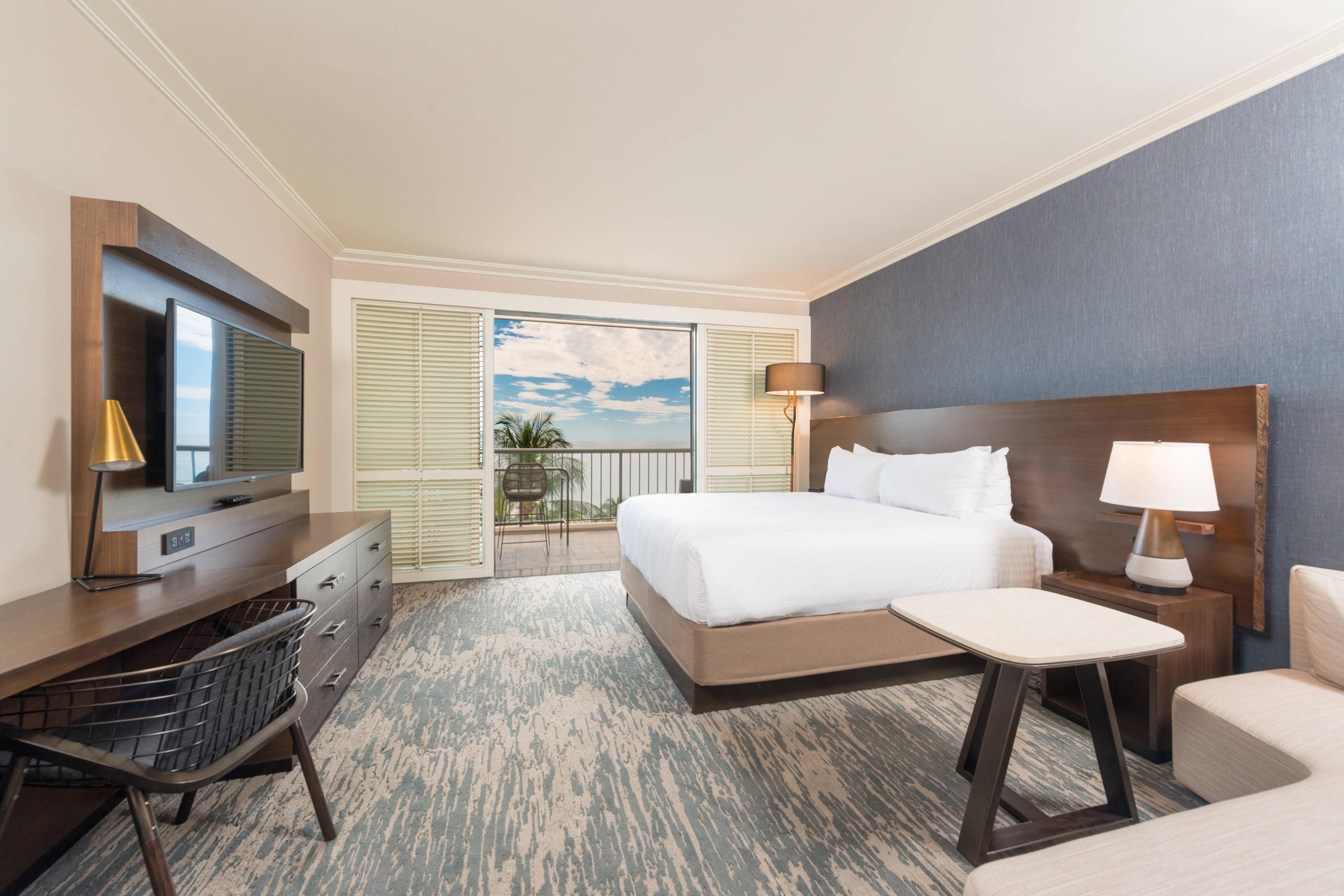 King Premier Ocean View Guest Room