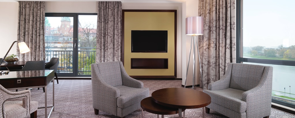 Grand Deluxe Suite - Living Room View