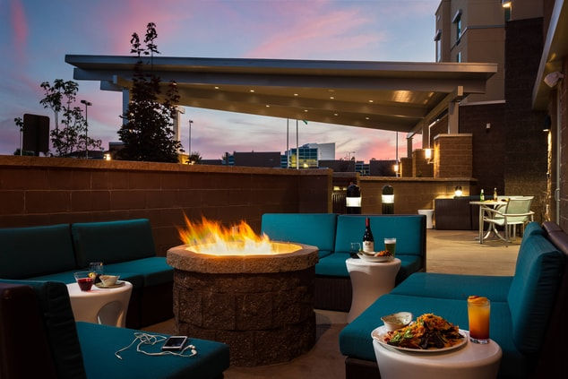 Patio, Dining, hotel, Kennewick