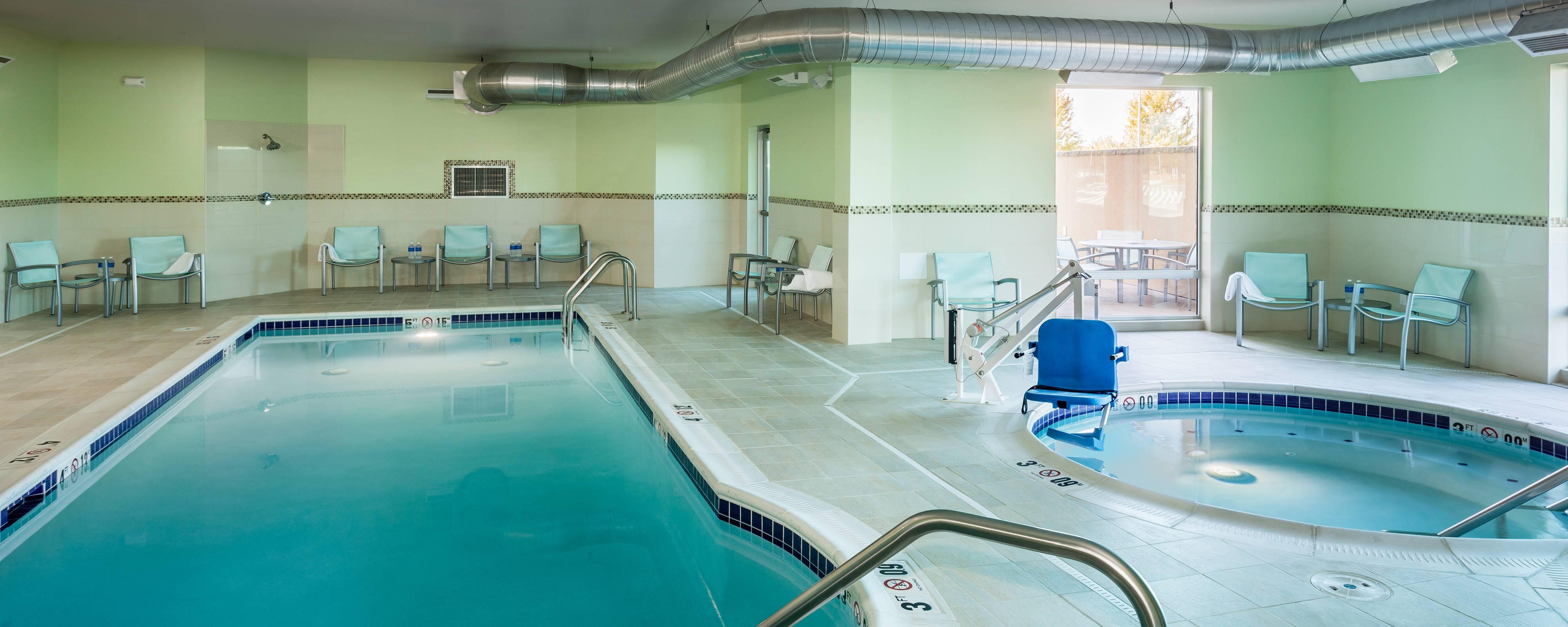 Indoor pool, hotel, Kennewick