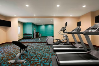 hotel fitness center lansing michigan
