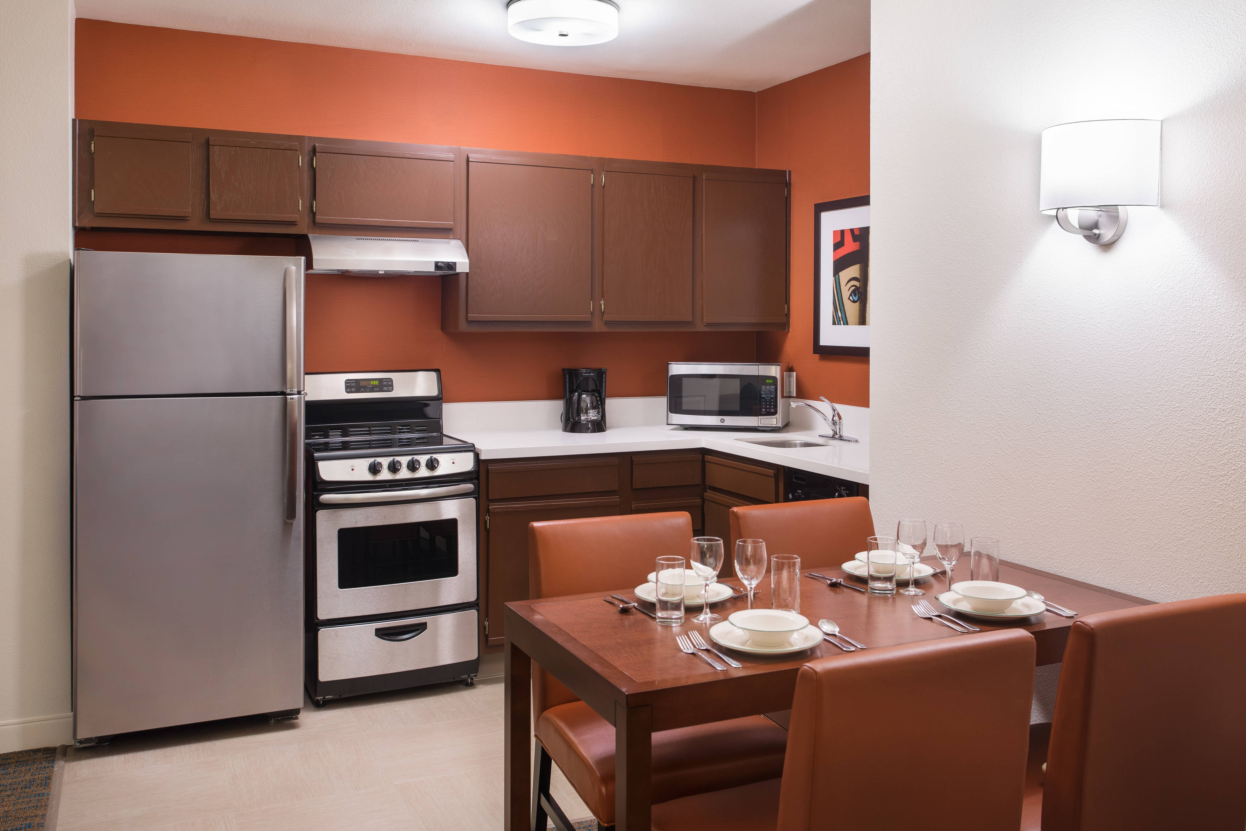 Vegas Suite Hotel with Kitchen