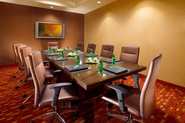 Meeting rooms near Disneyland hotel