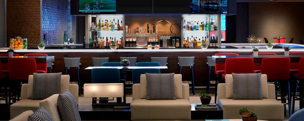 Hotels In Los Angeles Near Lax Los Angeles Airport Marriott