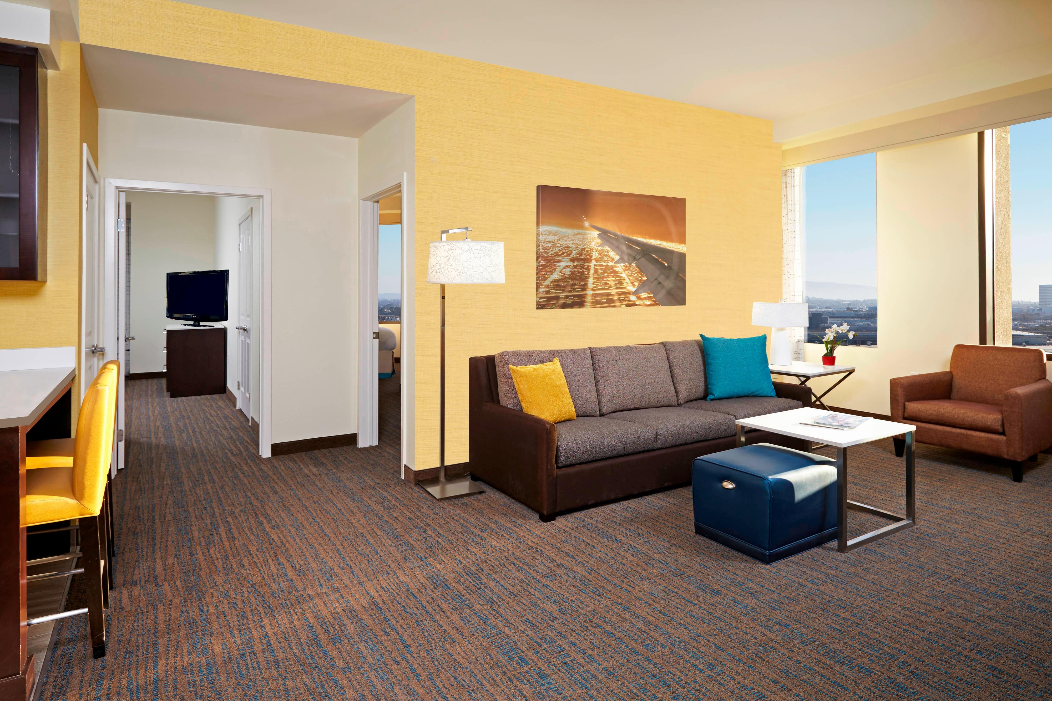 Residence Inn By Marriott Los Angeles Lax Guest Suites Featuring Full Kitchens