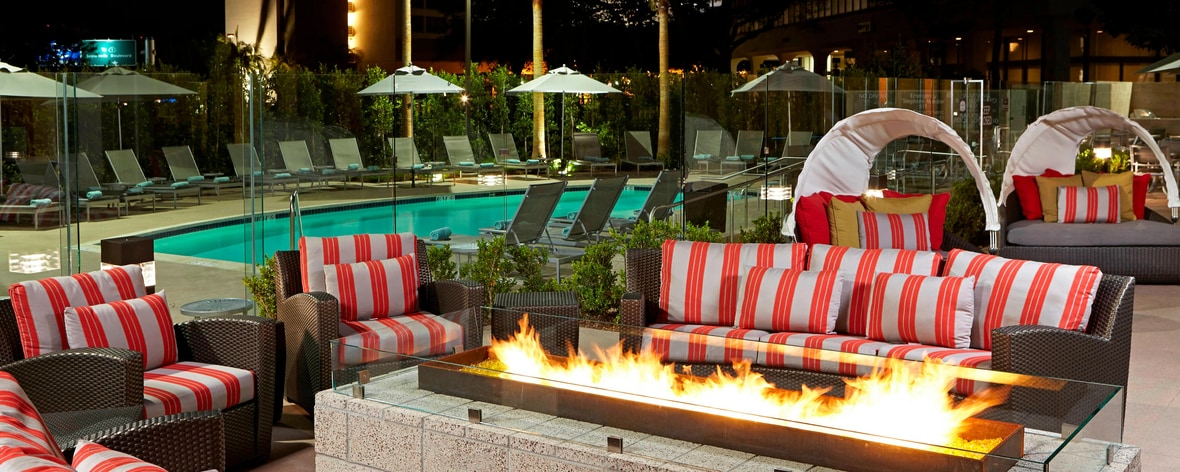 LAX Hotel fire pit