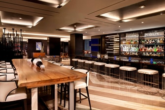 Bar del Beverly Hills Marriott
