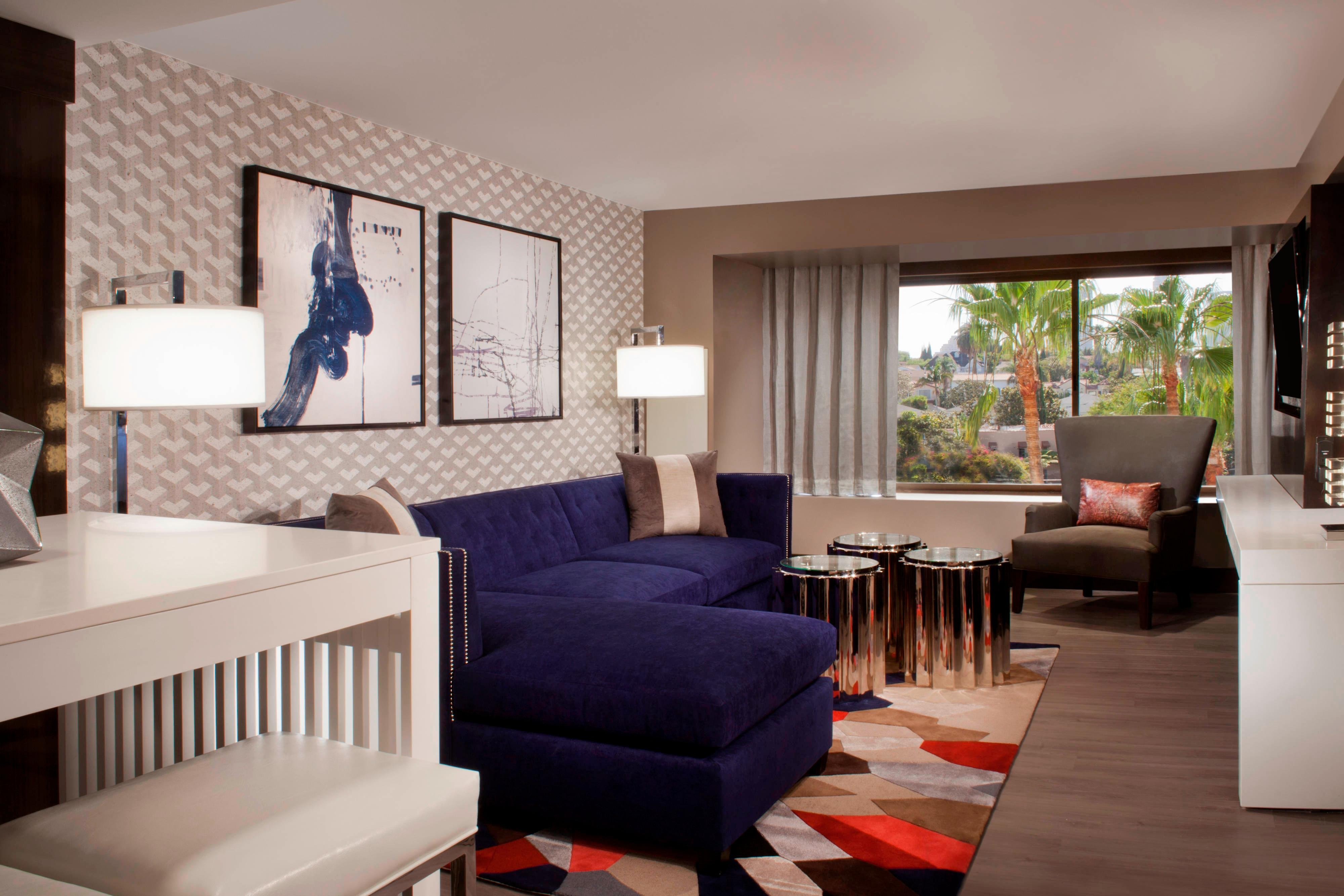 Beverly Hills Hotel Suites