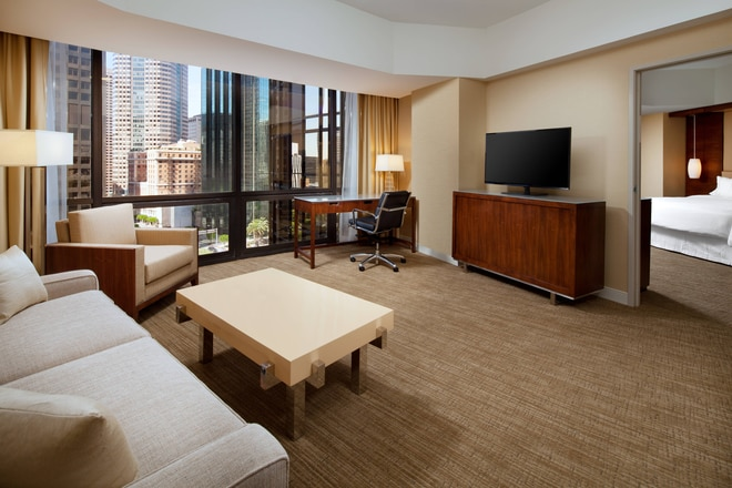 Deluxe Tower Suite - King