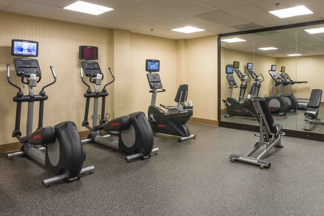 Hotel fitness center Los Angeles