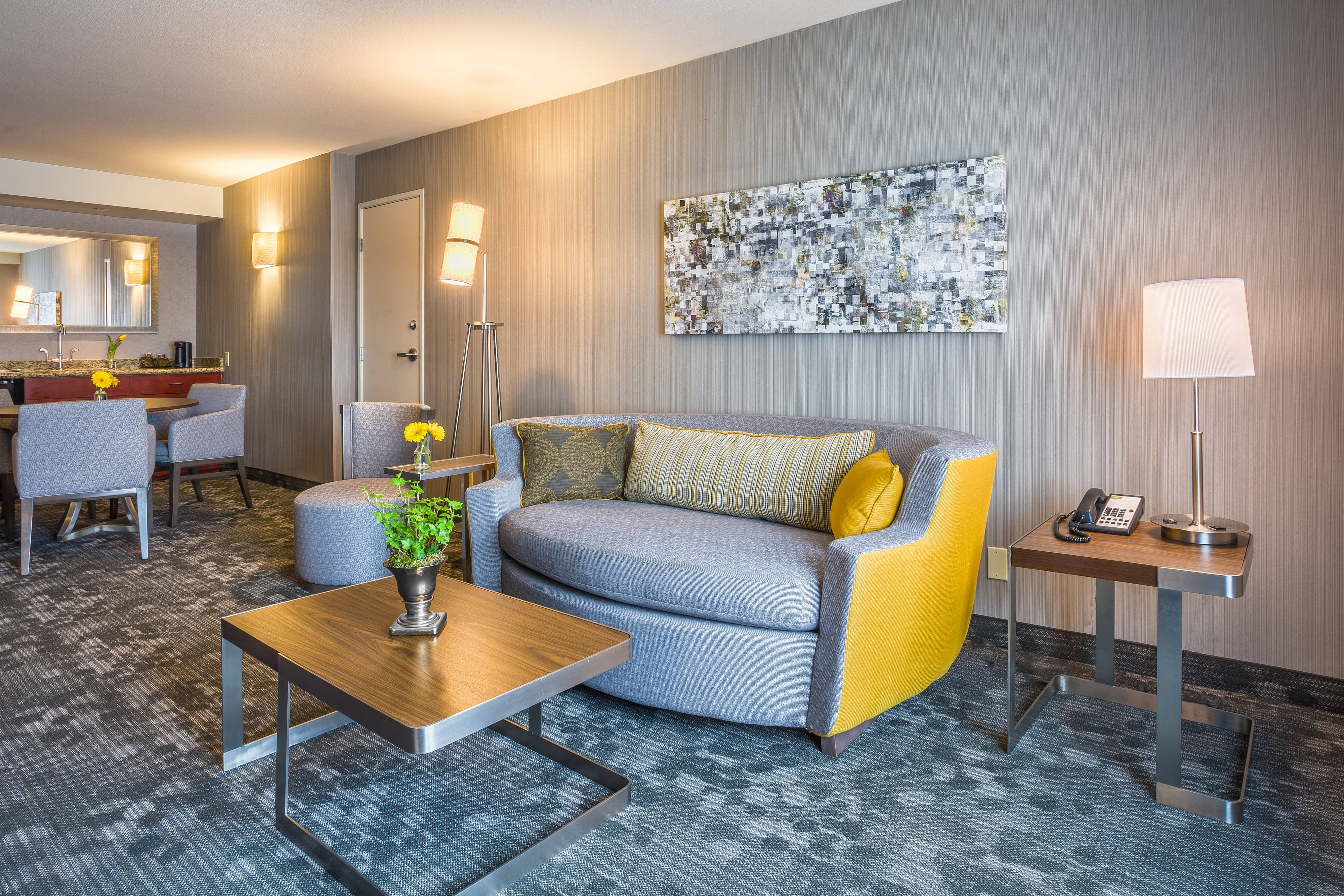 Suite accommodations in Culver City