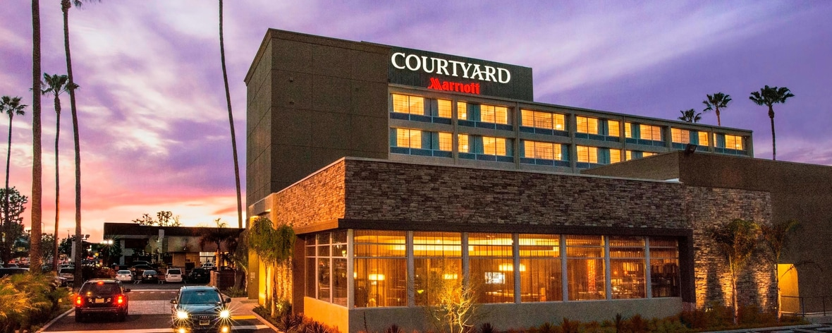 Courtyard Los Angeles Woodland Hills