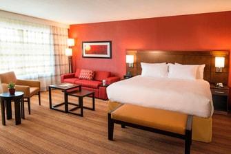 Executive King Guest Room Sleeping Area