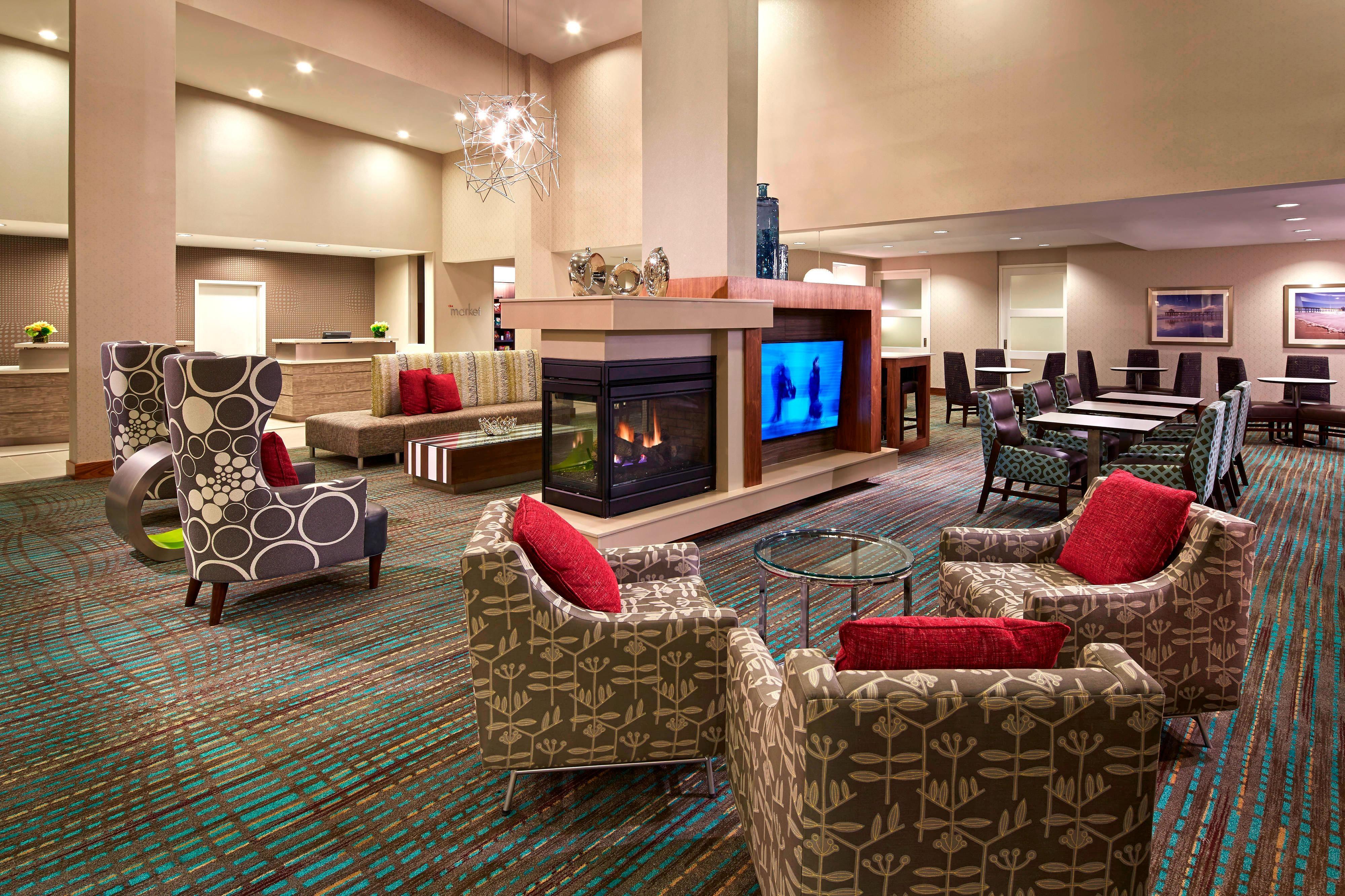 Modern Sheek lobby
