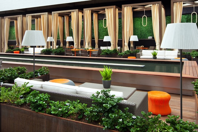 Deck- Casual Seating