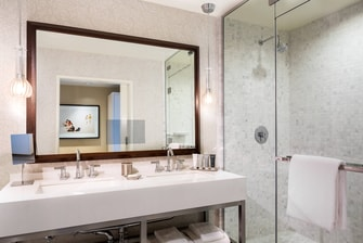 JW Suite Bathroom