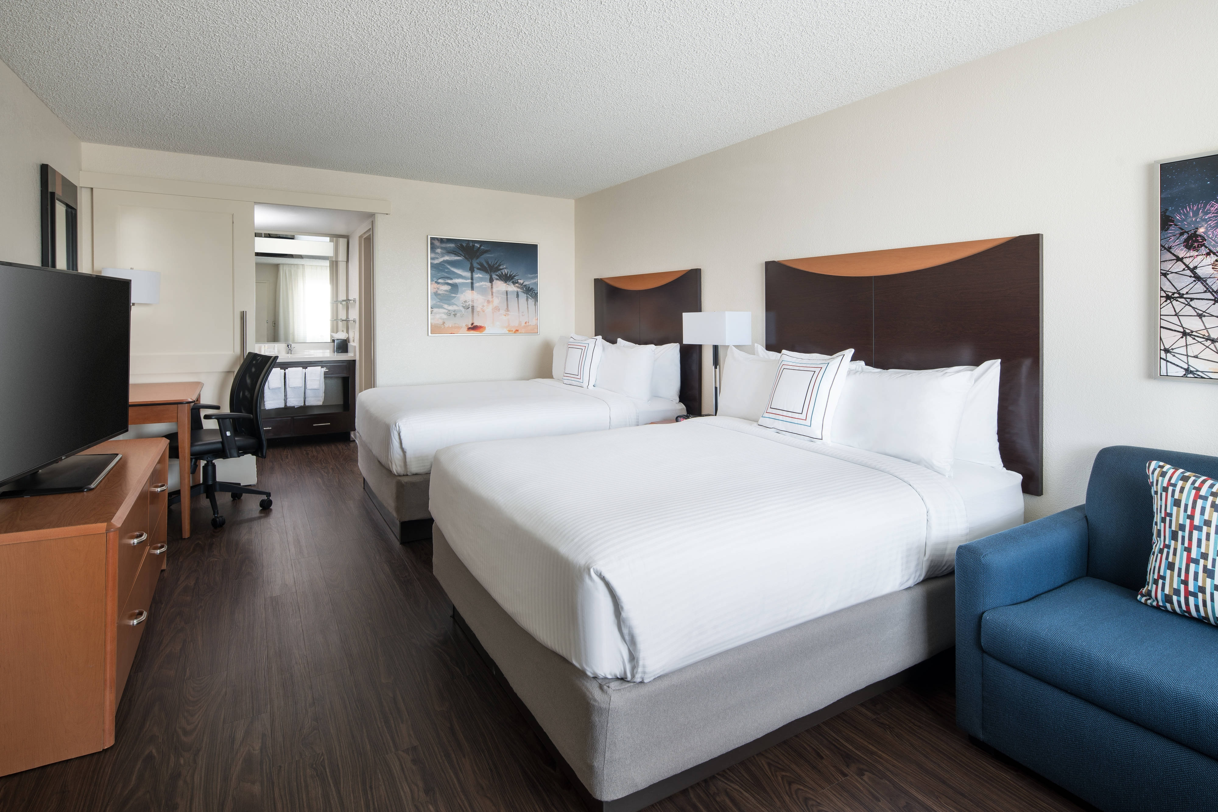 Hotel Rooms Near Disneyland Anaheim Fairfield Inn