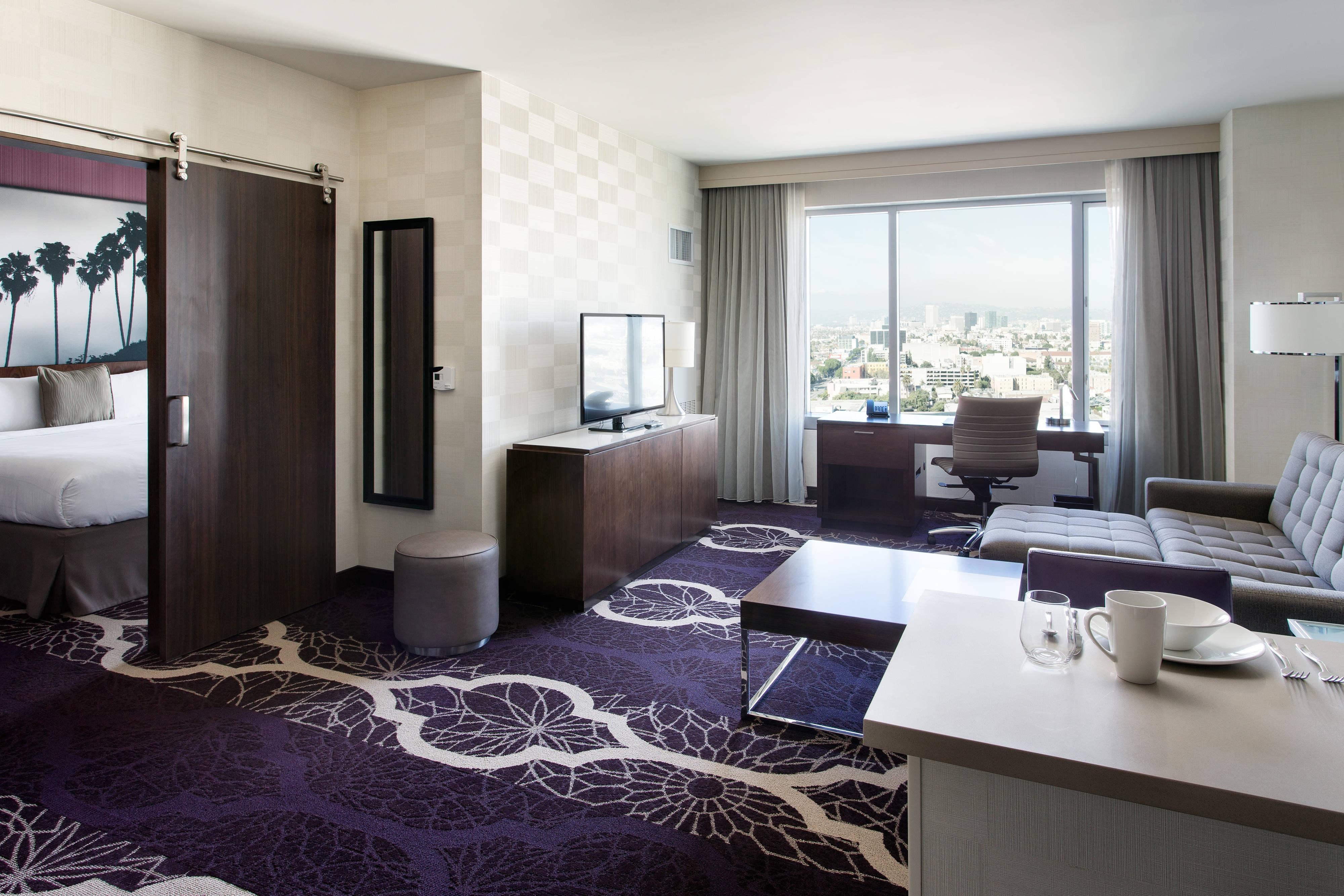 Более просторный люкс с одной спальней – гостиная