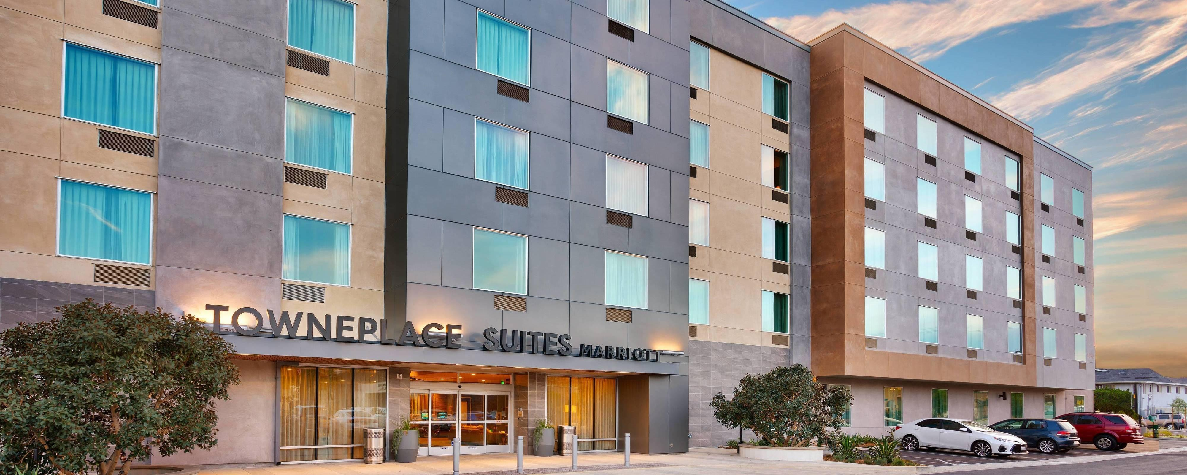 hawthorne california hotel rooms towneplace suites los. Black Bedroom Furniture Sets. Home Design Ideas