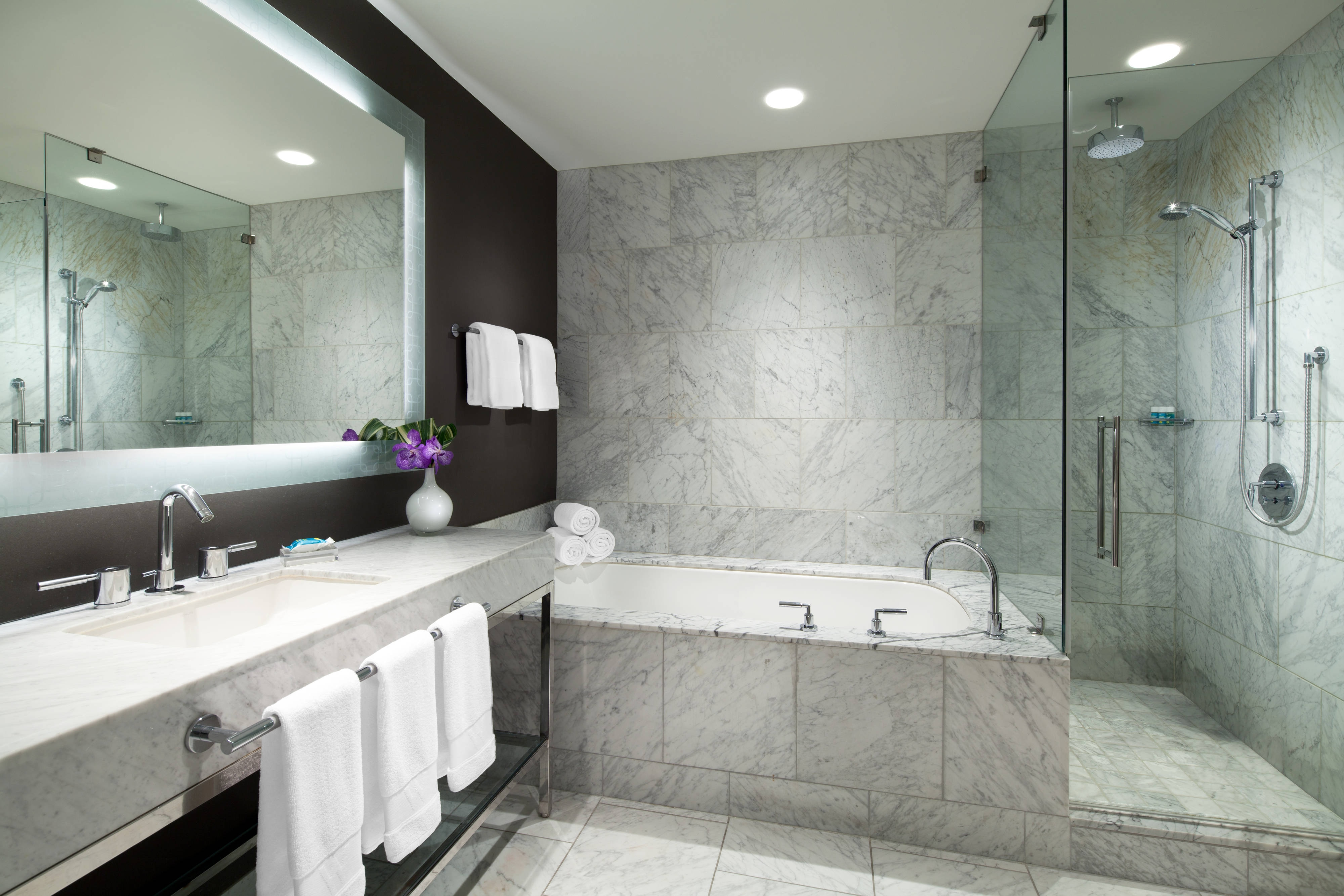 Marvelous Suite - Bathroom