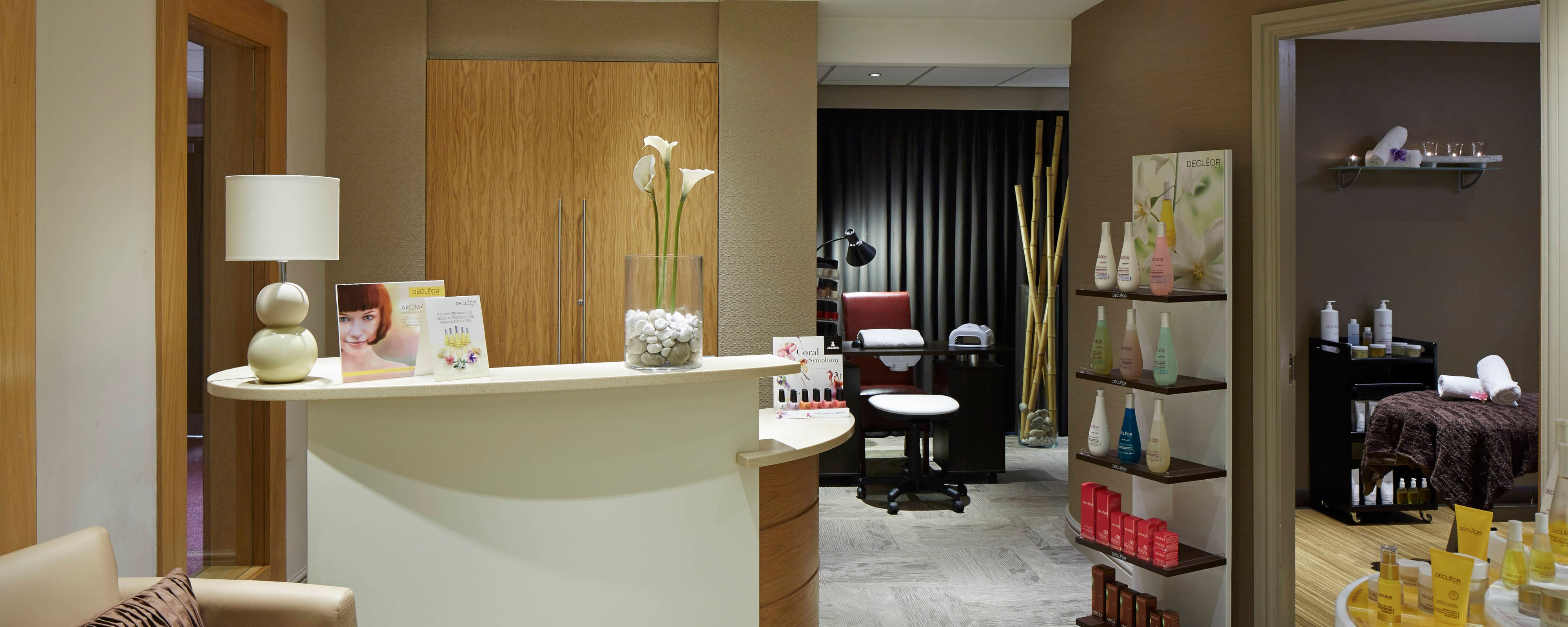Hollins Hall Health & Beauty Spa – Área de recepción